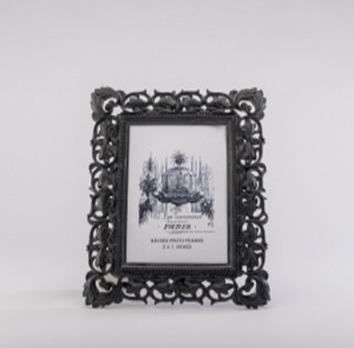 Imagen 1 de 3 de Portaretratos De Resina Negro 5x7 - Negro Këssa Muebles