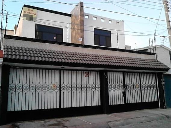 Casa Amplia En Renta Con Jardín En Colinas Del Cimatario