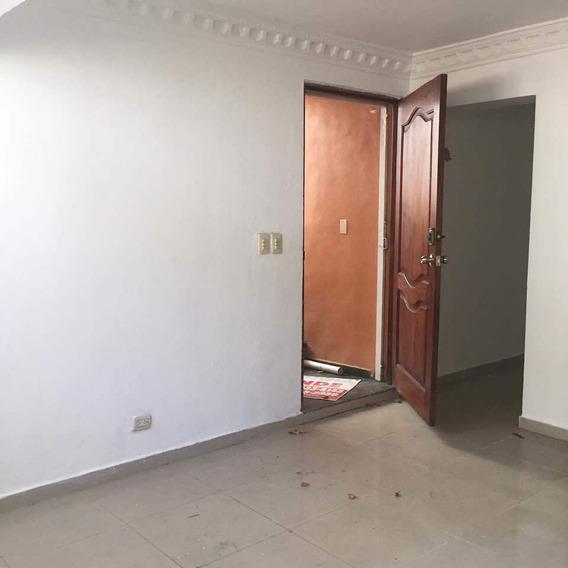 Alquilo Apartamento En Kilometros De La Sanchez 809-791-9442