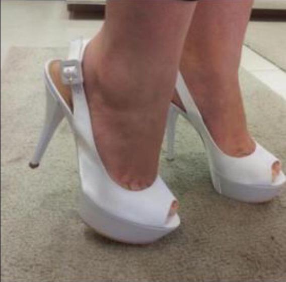Sandália My Shoes Branca Meia Pata