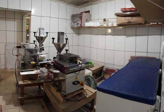 Fábrica De Salgados, Podendo Transformar Em Casa De 2 Quarto