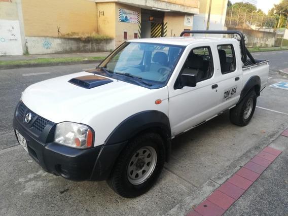Nissan Frontier Doblada, Servicio Publico, Doble Cabina.