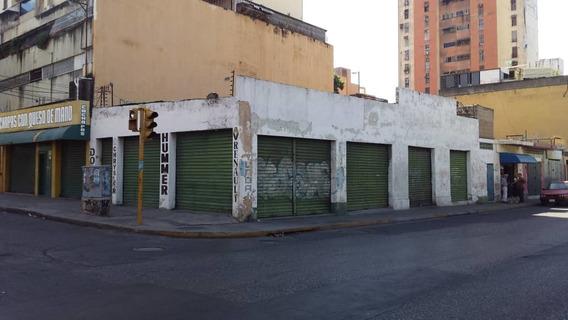 Local En Venta En La Av Ayacucho De Oportunidad..04267321953