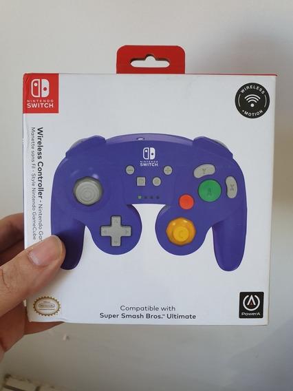 Nintendo Gamecube Wireless Controller + Super Smash Bros.