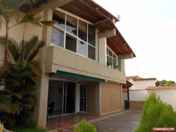 Casas En Venta 20-13014 Casa En La Trinidad