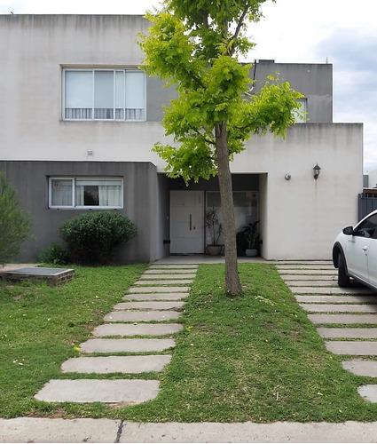 Casa En Venta Villanueva - Tigre.