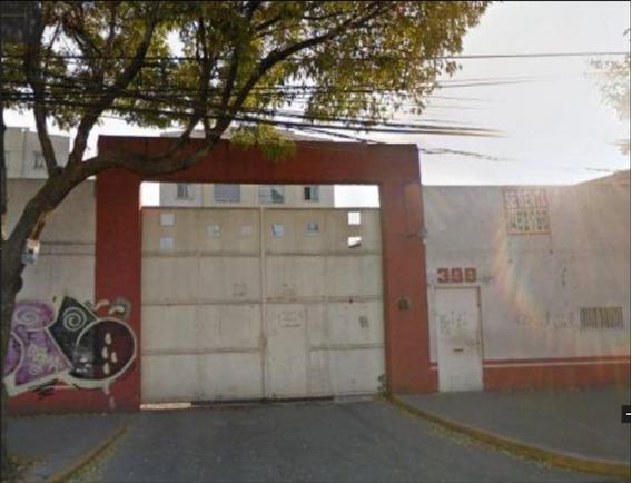 Remate Departamento De 2 Recamaras En San Martín Xochináhuac