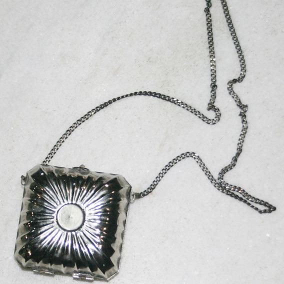 Pequena Bolsa Quadrada Em Metal Fashion E Estilosa