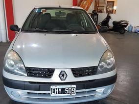 Renault Clio 1.6 Privilege 4p - Año 2004 Grupolanautomoviles