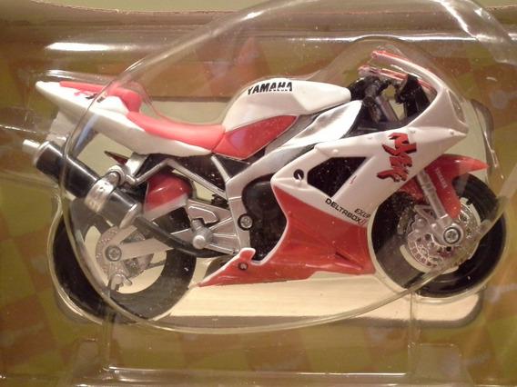 Miniatura Moto Yamaha Yzf-r1 1998 Branca Burago 1:18 (11 Cm)