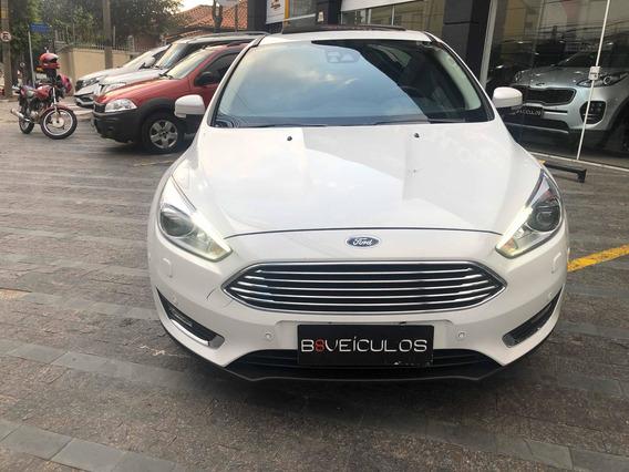 Ford Focus Titanium Plus Top