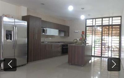 Casa 6 Habitaciones 4 Baños 300mts De Construcción