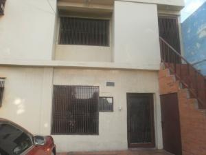 Vendo Casa Comercial En Pomona Mls:19-4940karlapetit