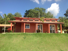 Casas Pre-fabricadas Em Alvenaria Estrutural E Piscinas