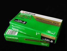 Filmes Fujicolor Reala 100, Formato 220, 3 Unid - Venc. 2006