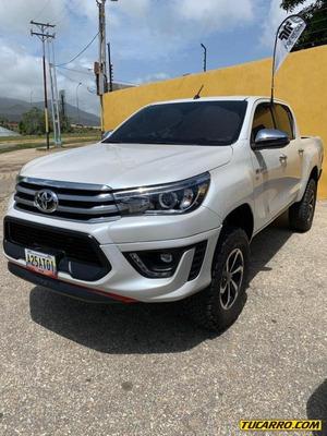 Toyota Hilux Automático 2020