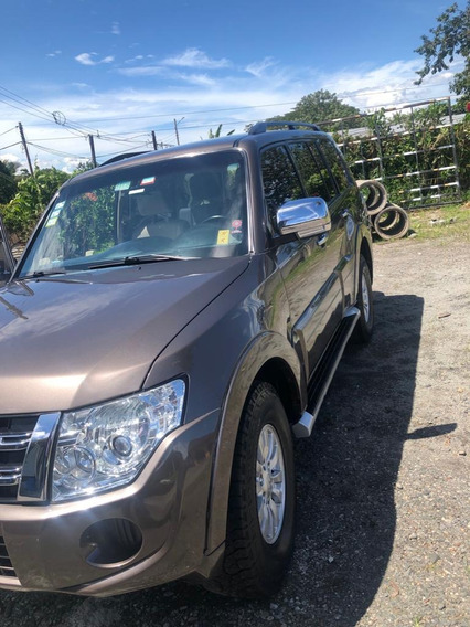 Mitsubishi Montero 2013