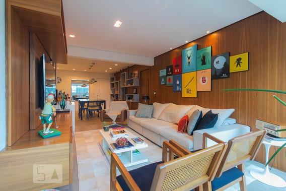 Apartamento No 4º Andar Mobiliado Com 2 Dormitórios E 2 Garagens - Id: 892980287 - 280287