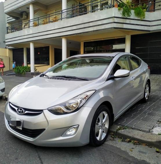 Hyundai Elantra 1.8 Gls 6at Seguridad Premium 2013