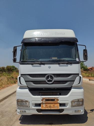 Imagem 1 de 7 de Mercedes Axor