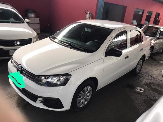 Vende-se Volkswagen Voyage Impecável 18/19 Urgente