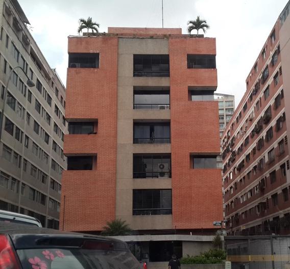 En Alquiler Funcional Apartamento Los Palos Grandes