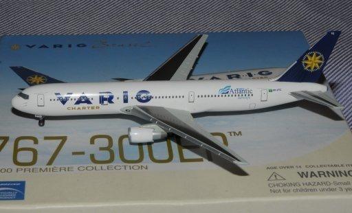 Maquete/miniatura Avião Boeing 767-300 Varig