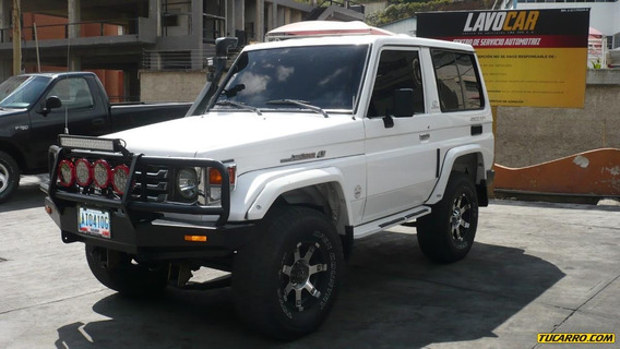 Toyota Macho Machito