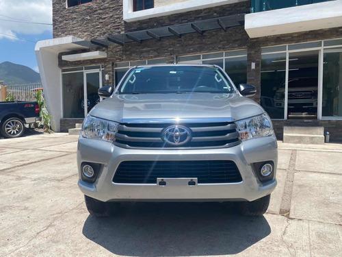 Imagen 1 de 14 de Toyota Hilux 2019 2.7 Cabina Doble Sr Mt