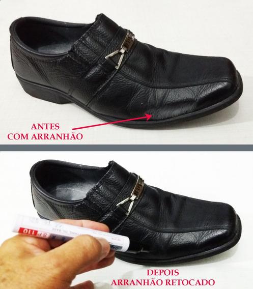 Caneta Preta De Retoque Em Riscos De Sapatos -tenis E Botas