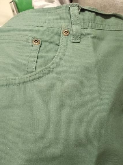 Pantalón Newport Recto Color Verde
