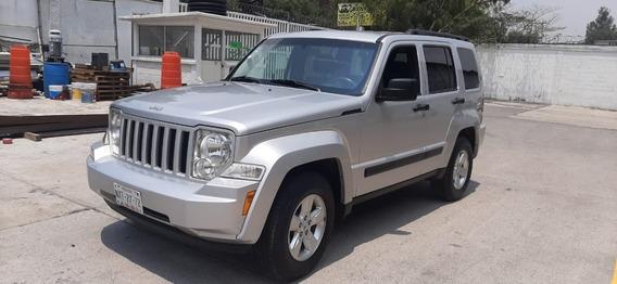 Jeep Liberty Sport Piel Equipada