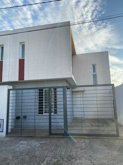 Duplex De 2 Dormitorios- Berisso