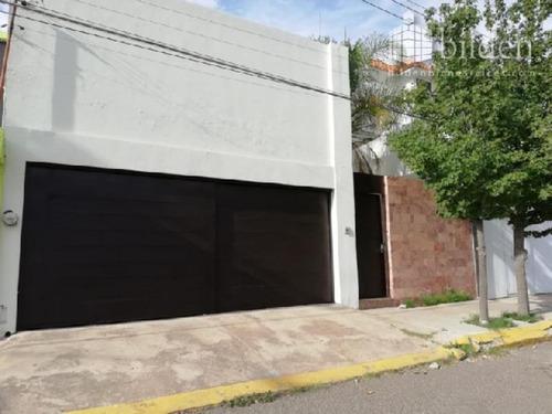 Imagen 1 de 10 de Casa Sola En Renta Fracc Lomas Del Guadiana
