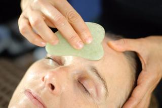 Piedra Guasha Modelo Grande Masajeador Facial Jade Verde
