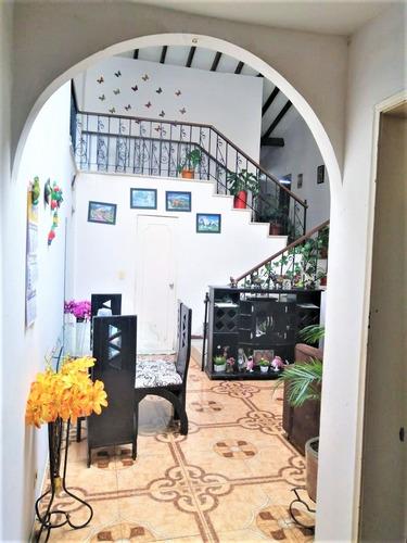Venta De Casa En La Leonora