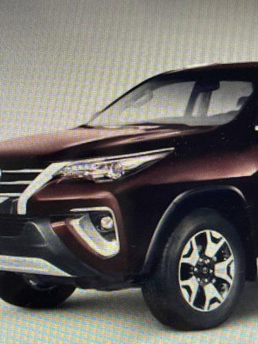 Toyota Sw4 2019 2.8 Tdi Srx 7l 4x4 Aut. 5p
