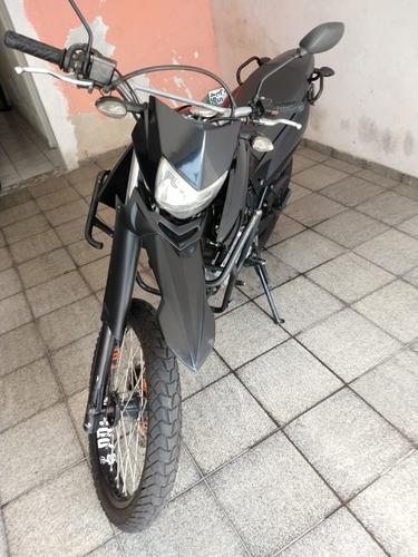 Imagem 1 de 6 de Yamaha Lander 250