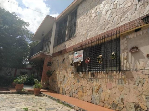 Casa Comercial En Venta Bararida 20-22350 App 04121548350