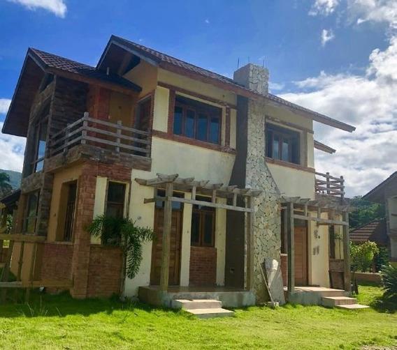 Vende Villa 186 Mts En Jarabacoa