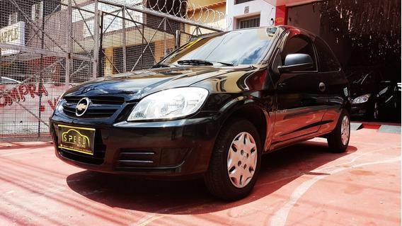 Gm - Chevrolet - Celta 1.0 Life - 2011 - Troco - Financio