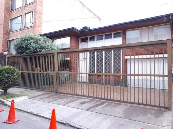 Vendo Casa Uso Comercial La Castellana Apta Para Construir