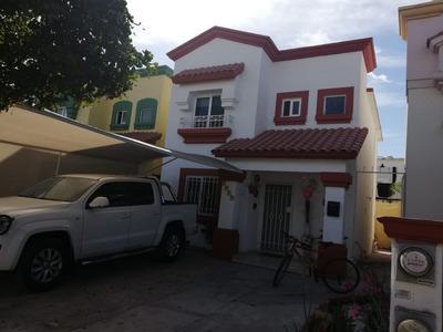 Casa 3 Recamaras, 1 1/2 Baños, Cocina Integral, 4 Aa, 3 Vent