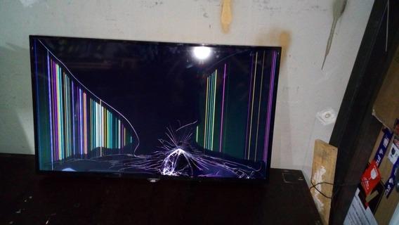 Smart Tv Led Aoc 43 Le43s5970 Com Tela Trincada Funcionando Semi Nova