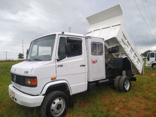 Mb 710/07 Com Cabine Auxiliar E Caçamba