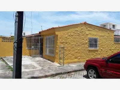 Casa Sola En Venta Fracc. Geovillas Del Puerto