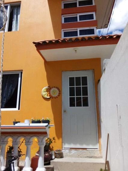 Excelente Oportunidad, Vendo Bonita Casa