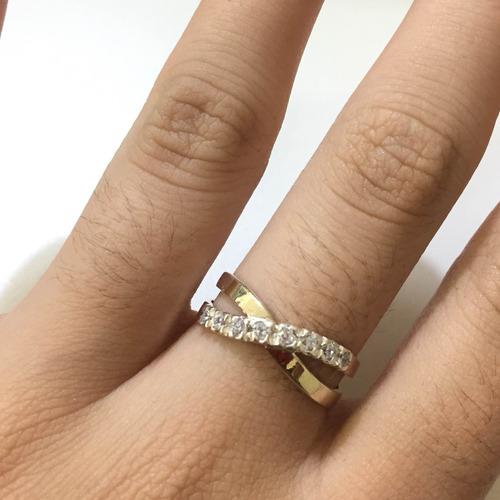 Imagem 1 de 2 de Anel Feminino Filete De Ouro E Prata De Lei Com Pedras A1001
