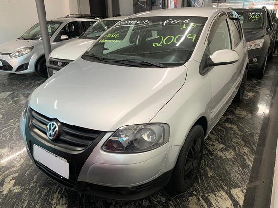 Volkswagen Fox Plus 1.6 2009 Prata Completo