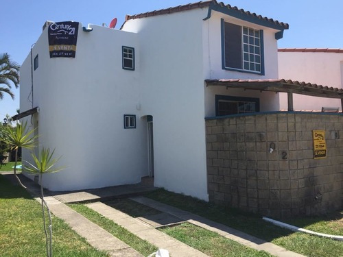 Casa En Venta, Fracc. Real Campestre, Altamira, Tamaulipas.